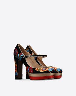 zapato tacón alto con cuña de Valentino