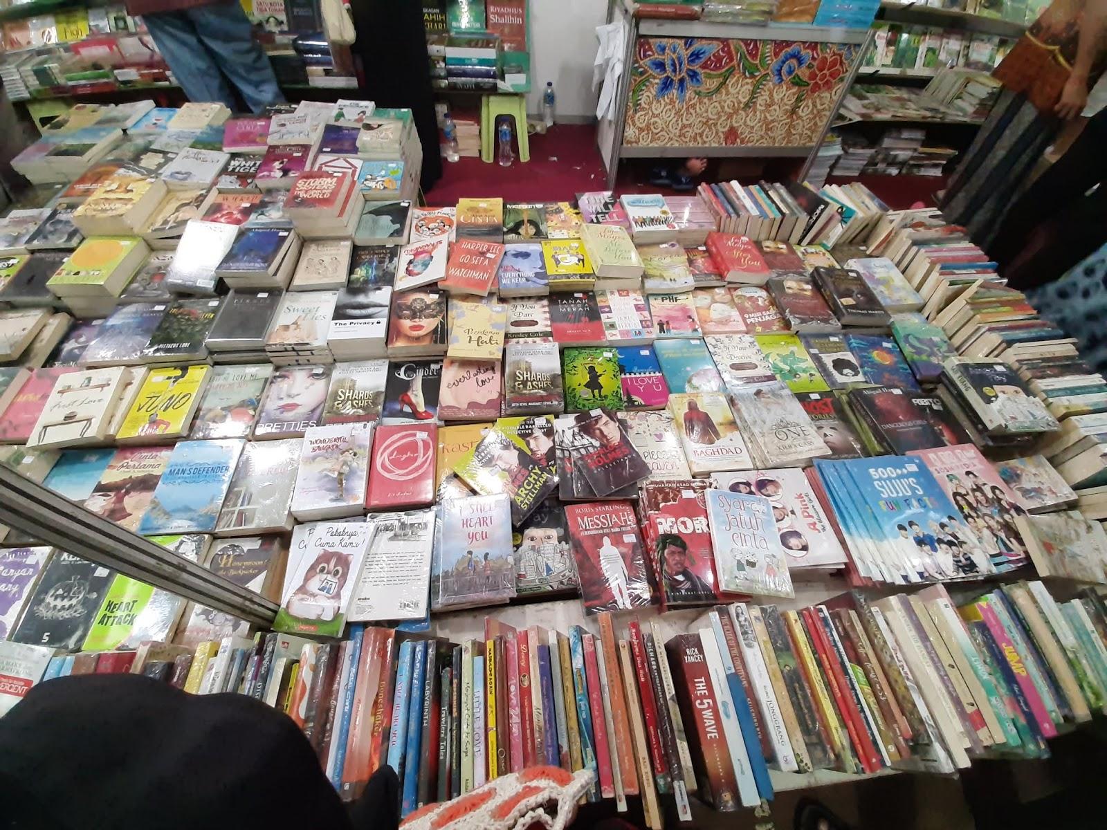 bazar buku murah berbagai penerbit