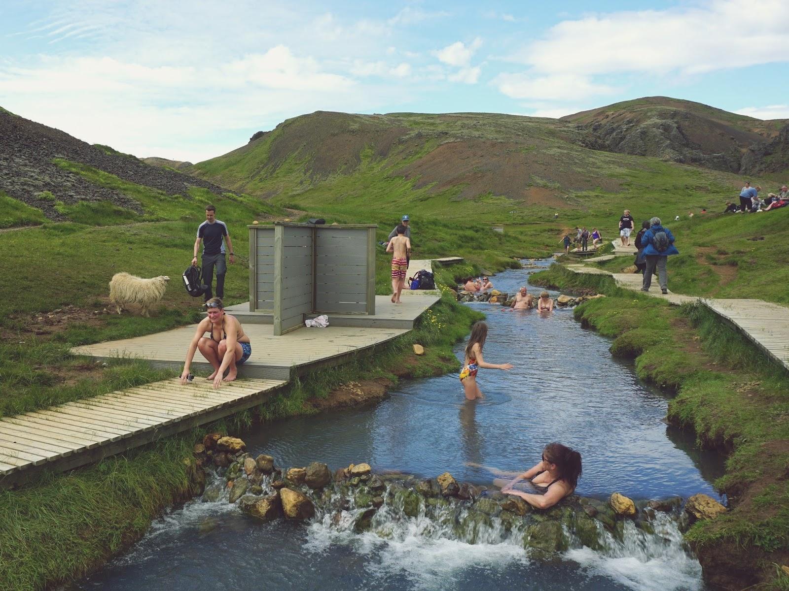 Gorąca rzeka w Reykjadalur, Islandia, Południowa Islandia, panidorcia, blog, blog o Islandii, wakacje w Islandii, Islandia zwiedzanie, gorące źródła, pola geotermalne