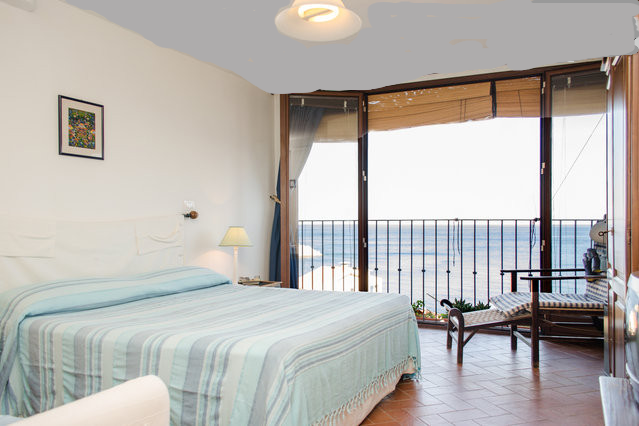 B & B Chianalea 54 Scilla excellent for honeymoons and honeymoon