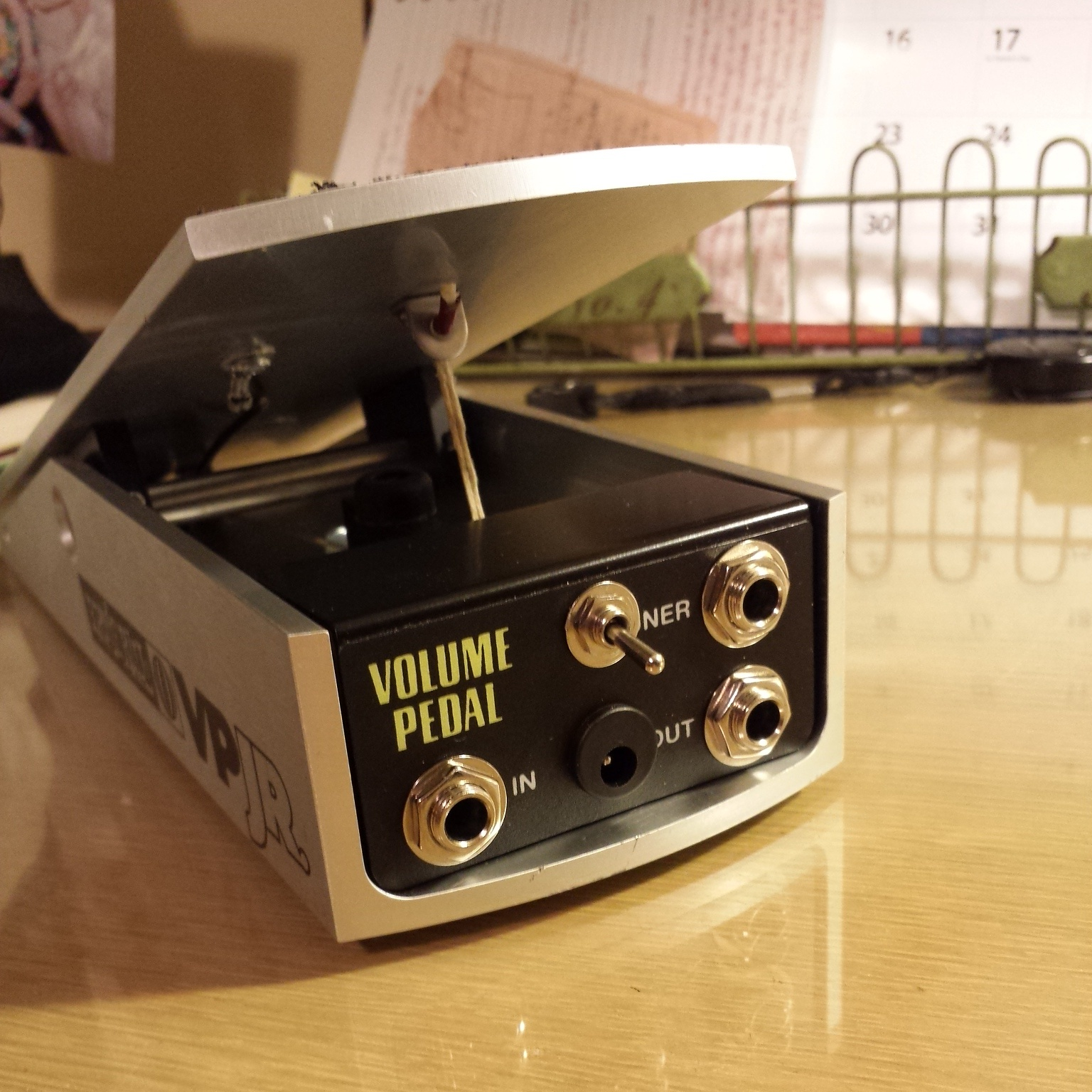 medium resolution of this post is an in depth look at the ernie ball vp tone suck mod it works on all passive ernie ball volume pedals and can also be applied to other passive