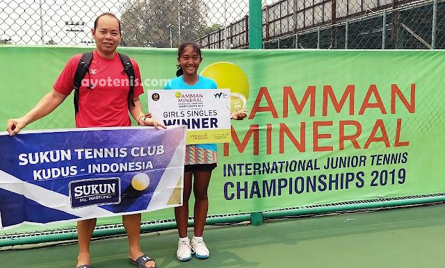 Latihan Efektif 1 Jam/hari, Coach Enrico Satria Sukses Bawa Nadya Dhaneswara Juara ITF Amman Mineral International Junior Championships