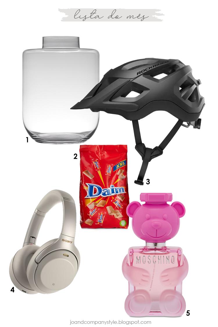 Jarra de flores, capacete btt, chocolates daim, headphontes, moschino toy 2 bubble gum