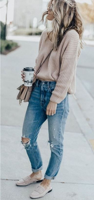 comfy outfit / knit sweater + bag + rips + loafers