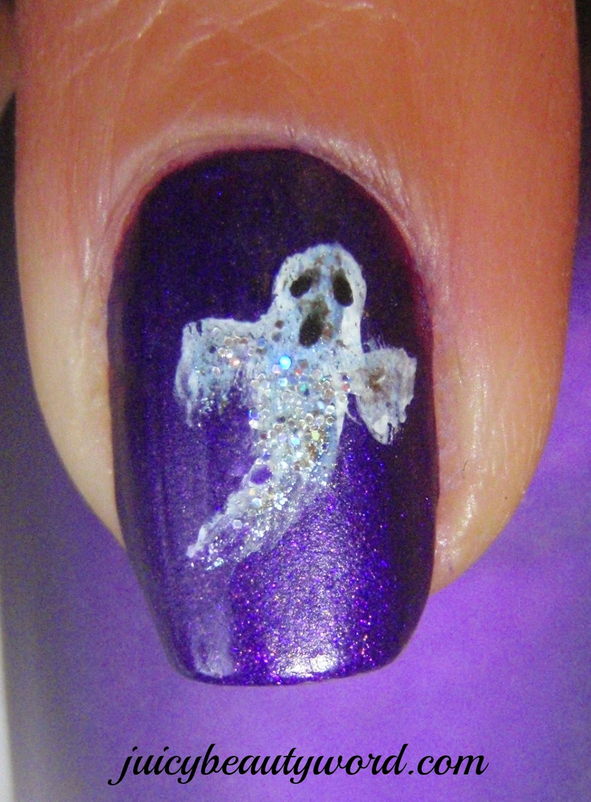 ghost Halloween nail design