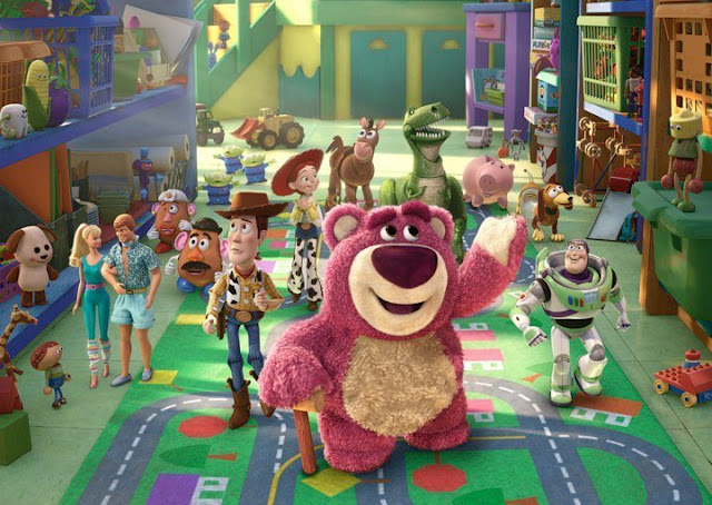 Scene of Lotso introducing the toys to the playgroup