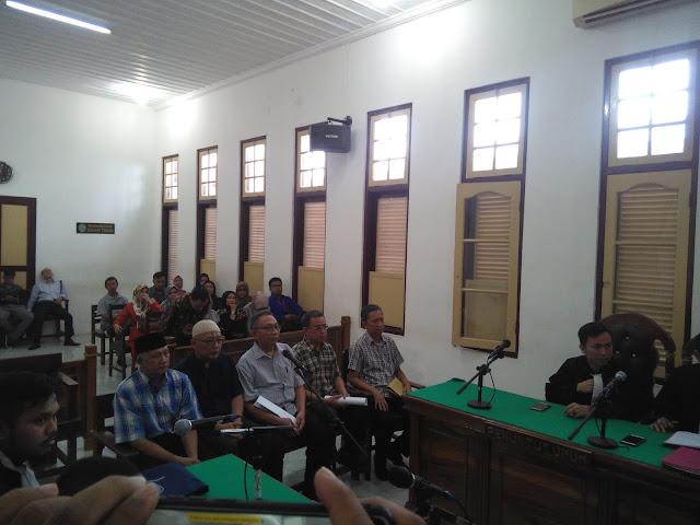 Didakwa Melakukan Korupsi, 5 Mantan Pejabat PDAM Tirtanadi Deliserdang Jalani Sidang Perdana