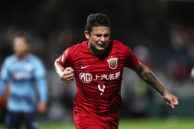 Brazilian Elkeson named in China PR squad