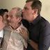 Prefeito Chico Mendes usa rede social para anunciar morte de seu Pai