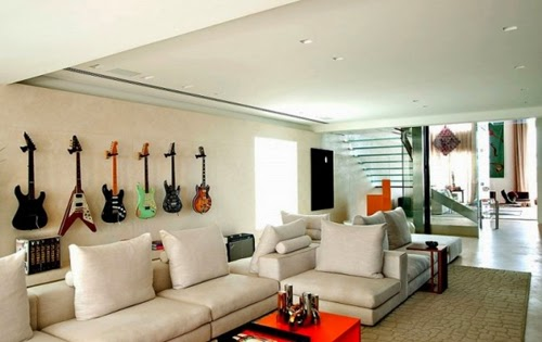 Decorate Your Living Room With Instruments Goodiy