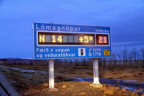 Islandsbloggen  Unikt isländskt januariväder utan snö och minusgrader 3d3f950852b83