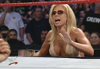 WWE / WWF Judgement Day 2001 - Terri cheered on Saturn