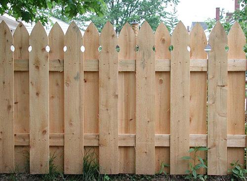 اسوار خشب للحدائق