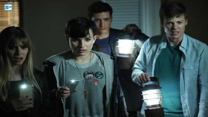Scream - Season 2 - Halloween Special - Promo, Sneak Peek, Promotional Photos & Press Release