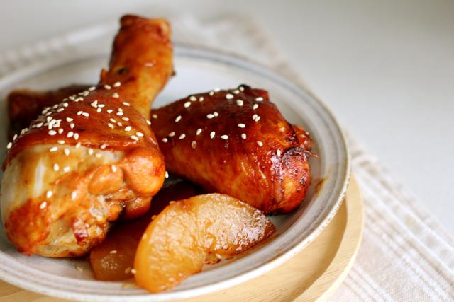 KFC fried chicken bucket