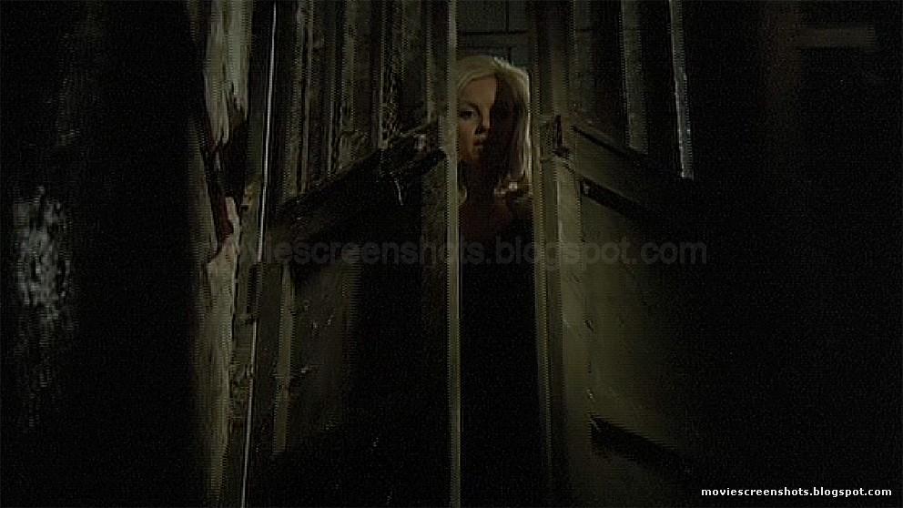 Ewa stromberg soledad miranda in vampyros lesbos 10