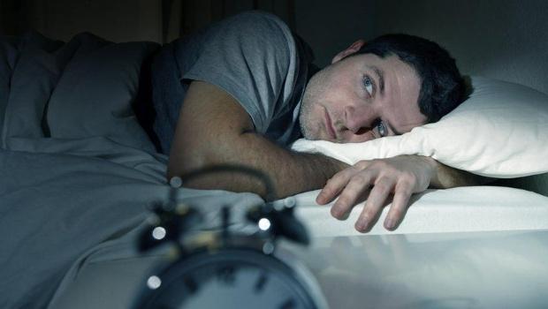 Dolores de cabeza, lapsos de memoria, ronquidos repetitivos o la necesidad de tomar una siesta