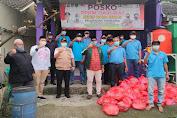 Ketua Fraksi PKB DPRD Kabupaten Tangerang Bagikan 100 Paket Sembako di Perumahan Sudirman Indah Tigaraksa Bagi Warga Isoman