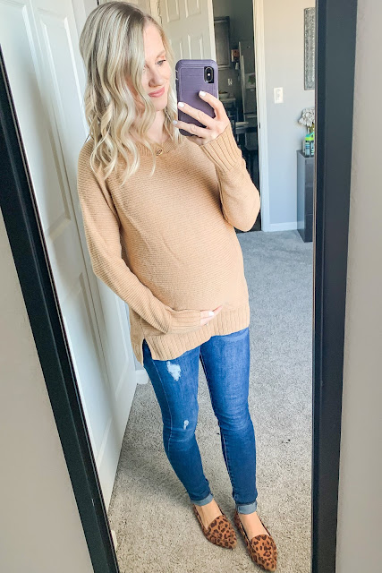 Maternity jeans and sweater
