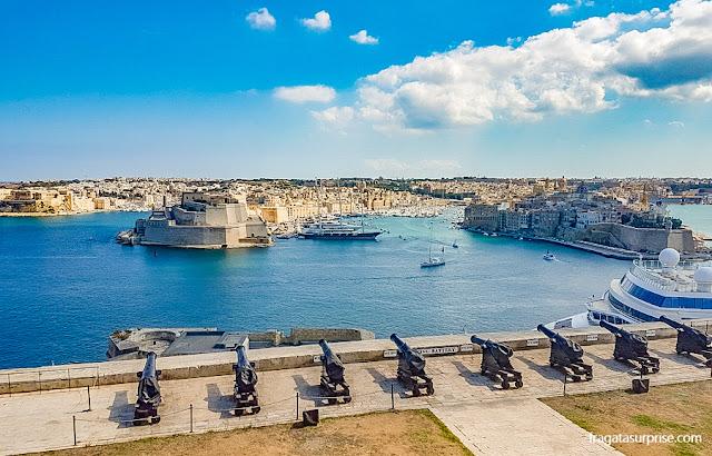 As Três Cidades de Malta vista dos Upper Barrakka Gardens, em Valeta