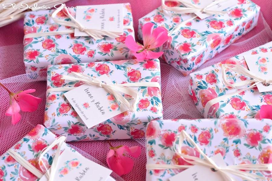 Detalles para bodas jabones artesanales personalizados