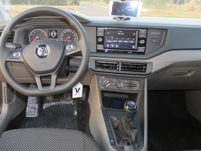 VW Polo 1.0 MPI - interior