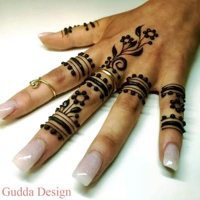 Latest Simple Mehndi Design 2020
