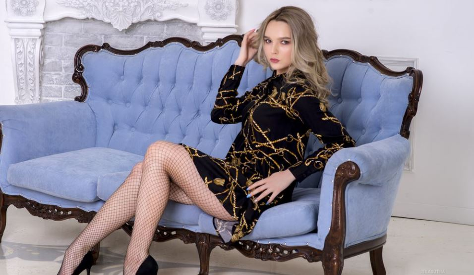 IssaSutra Model GlamourCams