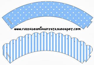Celeste con Lunares y Rayas Blancas: Wrappers y Toppers para Cupcakes para Imprimir Gratis.