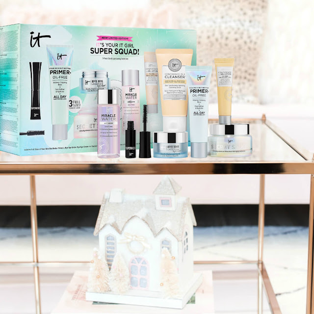 IT's Your IT Girl Super Squad Itcosmetics Holiday gift set by Beauty Bits Bits