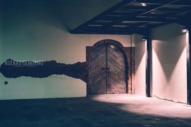 foto pintu de colomadu solo