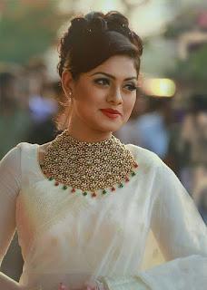 Nusrat Imrose Tisha White Saree