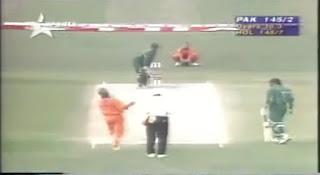 Waqar Younis 4-26 - Pakistan vs Netherlands 17th Match Wills World Cup 1996 Highlights