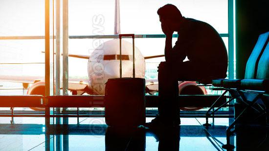 cliente perdeu voo area embarque direito