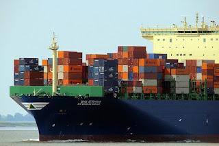 Kapal kontainer