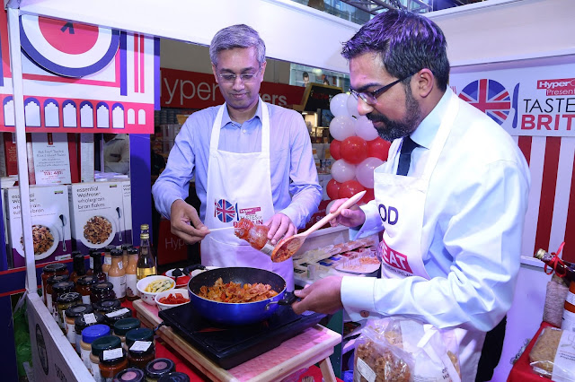 Mr. Ramesh Menon and Mr. Kumar Iyer particIpate in live cooking at Tastes of Britain
