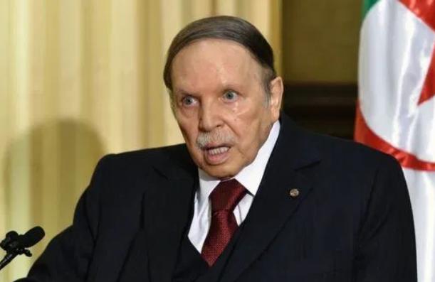 الرئيس الجزائري السابق بوتفليقة في دار العجزة