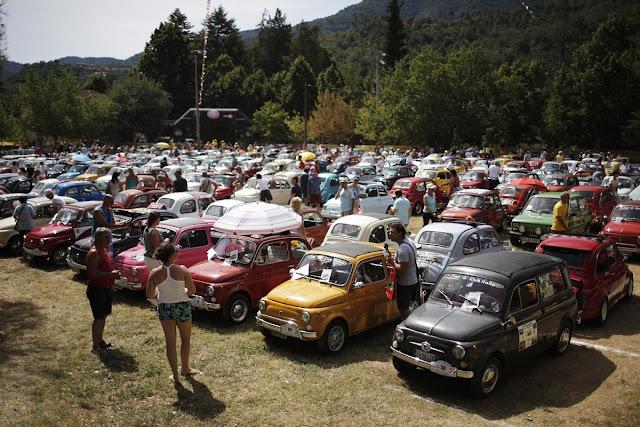 Más de 1.200 Fiat 500 reunidos para los 60 años de un icono