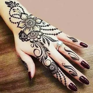Beautiful_flower_with_dot_mehndi_design