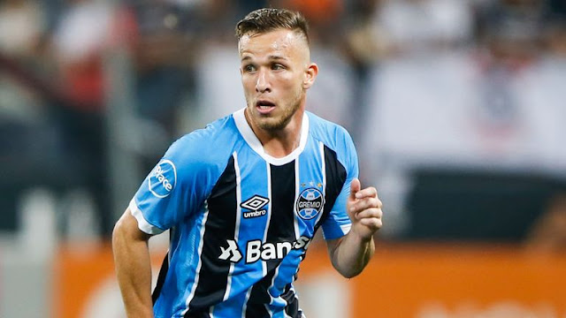 Barcelona sign Arthur on six-year deal from Gremio
