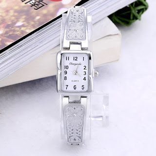 Luxury bracelet wristwatch