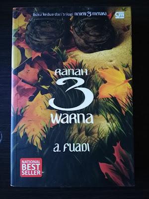Cover Buku Ranah 3 Warna