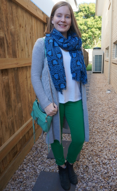 stella mccartney navy heart print scarf white tee green skinny jeans grey cardi winter playdate outfit | awayfromblue