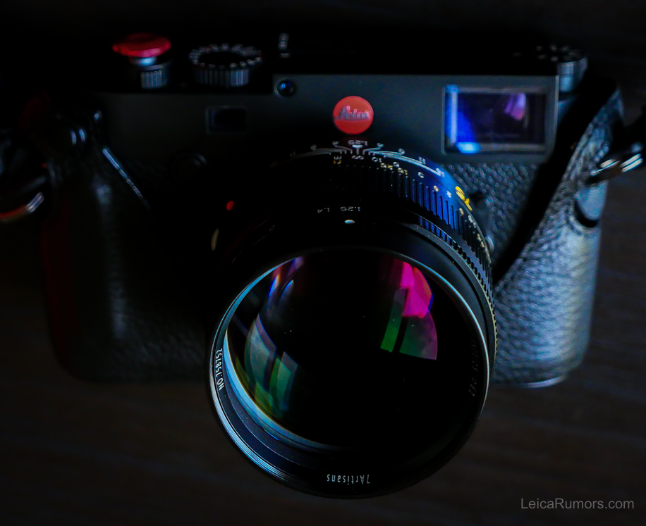 7artisans Photoelectric 75mm f/1.25 с камерой Leica