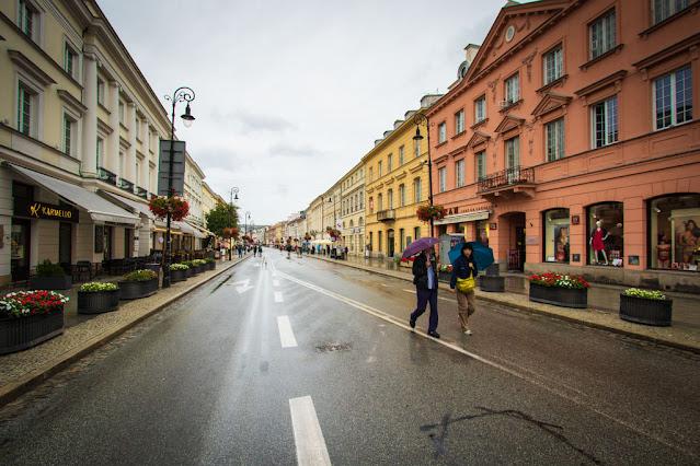 Ulica Nowy Swiat-Varsavia