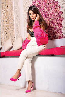 ganga telugu serial actress pranavi manukonda cute expressions Pictures8