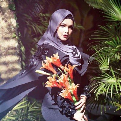 21 Tahun Dunia Seni Siti Nurhaliza