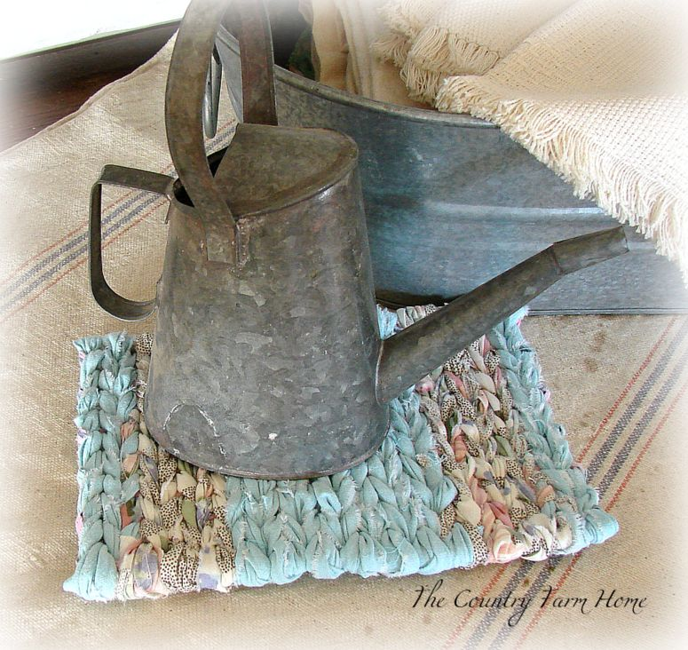 Our Old Country Store: Rag Rug Loom Giveaway