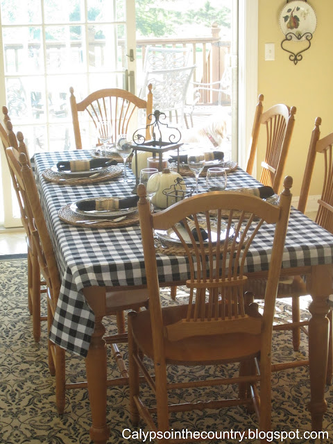Fall Table in Kitchen