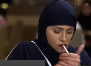 مدخنة الرياض بارك ما هي حقيقة شجار سيدتين بسبب شرب السجارة ؟